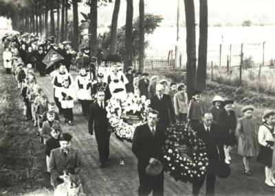 Begrafenisstoet baron Dons