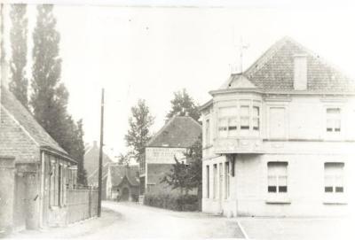 Café Burgslot en Dorp, Lovendegem