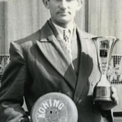 Koning krulbol, Roger Ryckaert, 1954