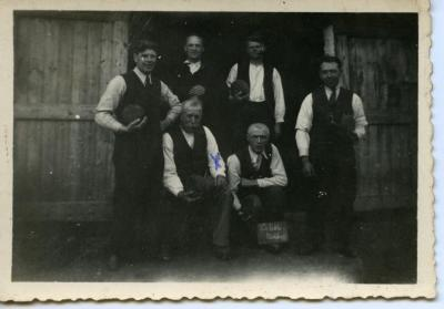 Groep krulbolders, Sleidinge