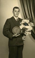 Kampioen krulbol, Tack Robert, 1959