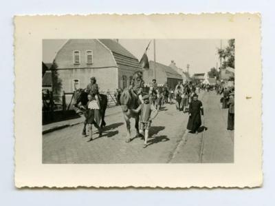 Vredesstoet van Bentille, 1945 (1)