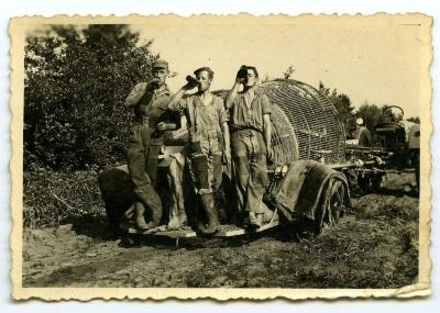 Aardappelen rooien met de aardappelmachine (4), Kaprijke
