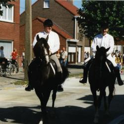 Ruiters in de processie van Rieme, 2003 (II)