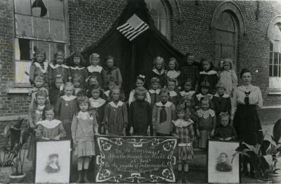 Schoolmeisjes, Kaprijke, 1914-1919