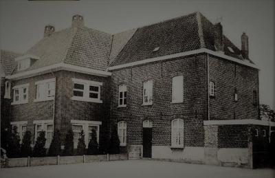 Kloostergebouw Beke