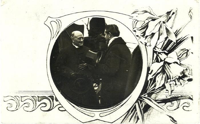 Postkaart met de nieuwe pastoor van Bassevelde, 1914